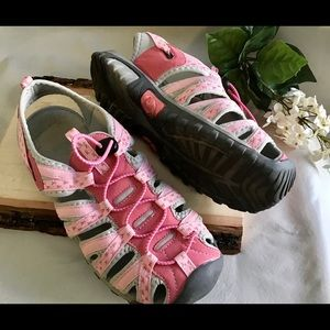 Deals for Breast Cancer Site Shoes
